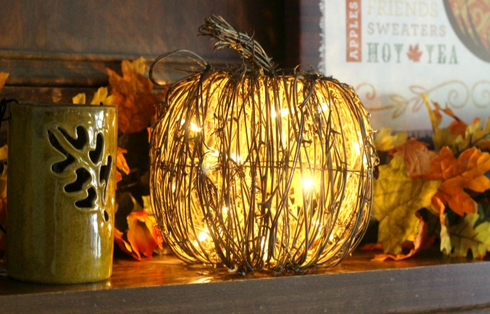 Fall mantel decor; how to style a mantel for fall