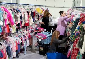 How to Save on Clothes for the Whole Family